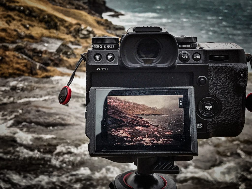 Taking picture with my Fujifilm camera on the Faroe Islands